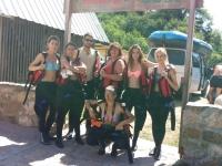 Glumci na raftingu